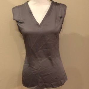 Banana Republic size Small sleeveless blouse